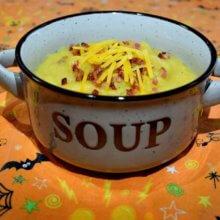 Disney-Rezept: Loaded Baked Potato Soup aus dem Carnation Café