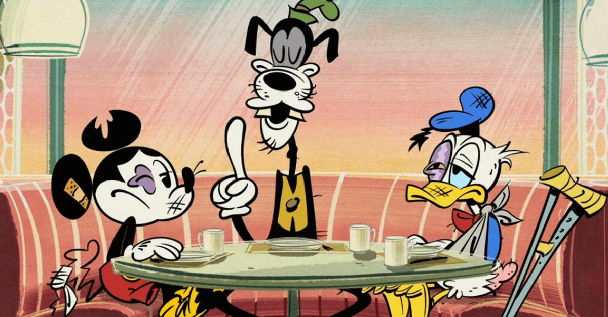 Cartoon Mickey, Donald und Goofy sitzen mit Verletzungen am Tisch
