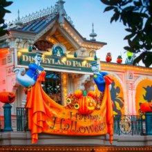 Disneys-Halloween-Festival am Eingang zur Mainstreet