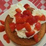 Disney-Rezept: Strawberry Shortcake aus der Hoop-Dee-Doo Musical Revue