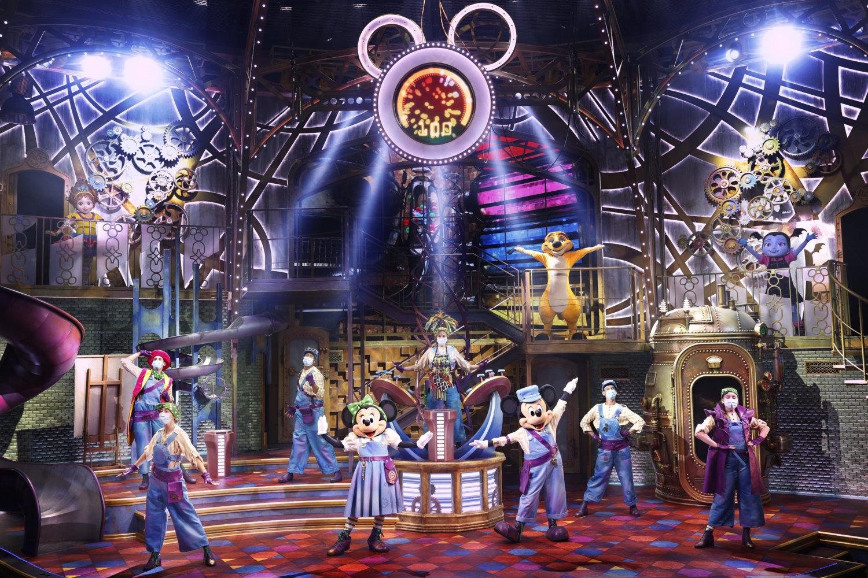 Mickey und Minnie auf der Bühne der Disney Junior Dream Factory