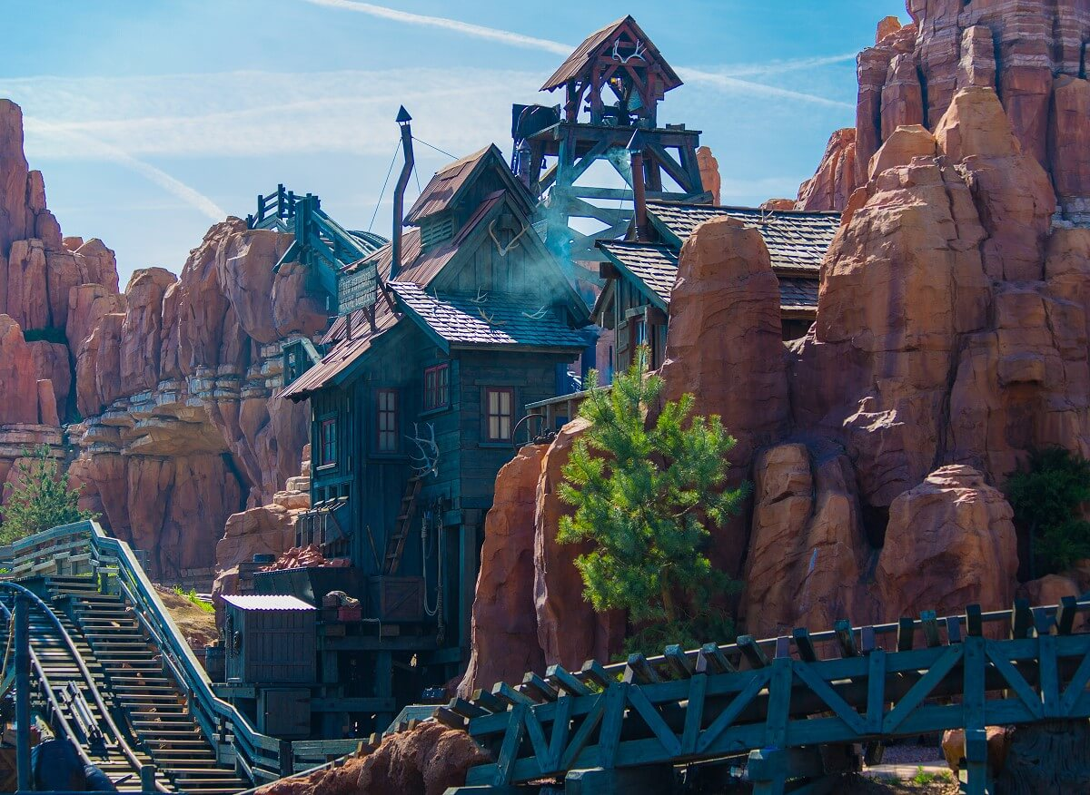 On Big Thunder Mountain in the middle of the Rivers of the Far East there is a wooden building next to the railroad track