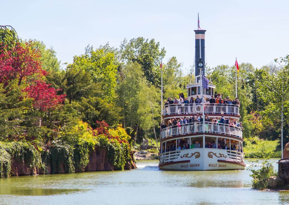 Vorderansicht der Molly Brown auf den Rivers Of The Far West