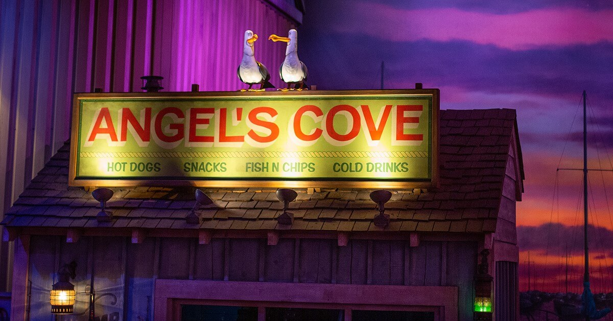 Angel's Cove booth with seagulls in the queue for Crush's Coaster