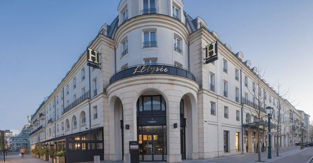 Eingang des Disneyland Paris Partnerhotels l'Elysee Val d'Europe