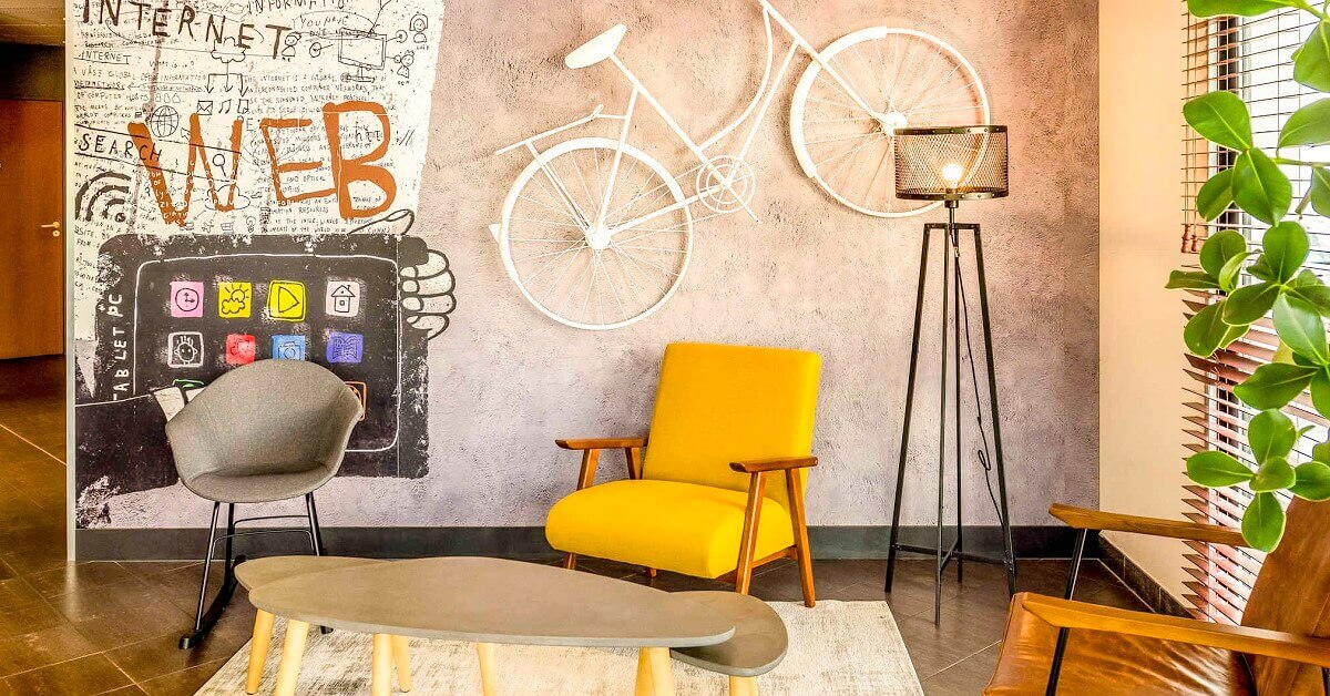 Stylish lobby in the Ibis Val d'Europe