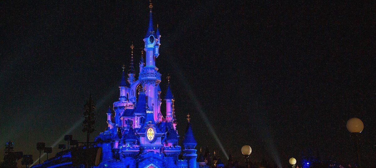 Start of the evening show Disney Illuminations