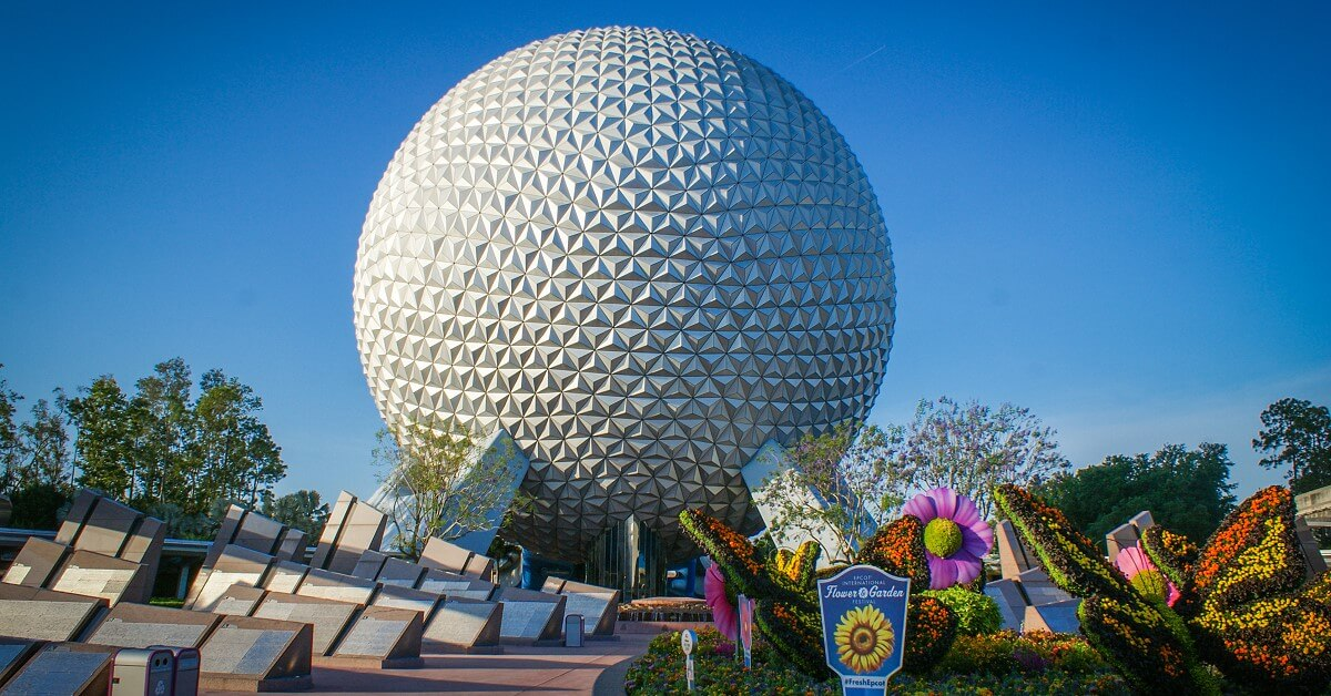 Spaceship Earth - die geodätische Kugel ist das Wahrzeichen von Epcot