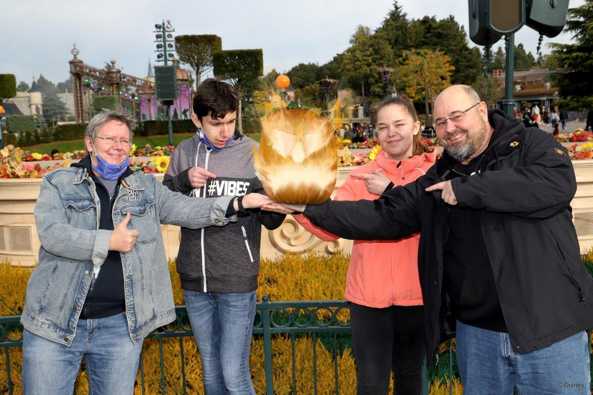 DisneylandParis-id7967409.jpg
