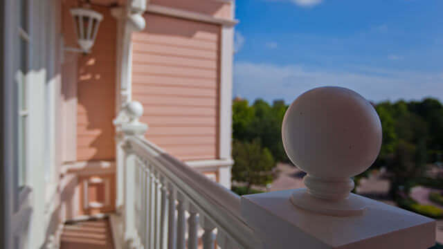 Balkon der Tinkerbell-Suite mit herrlicher Aussicht