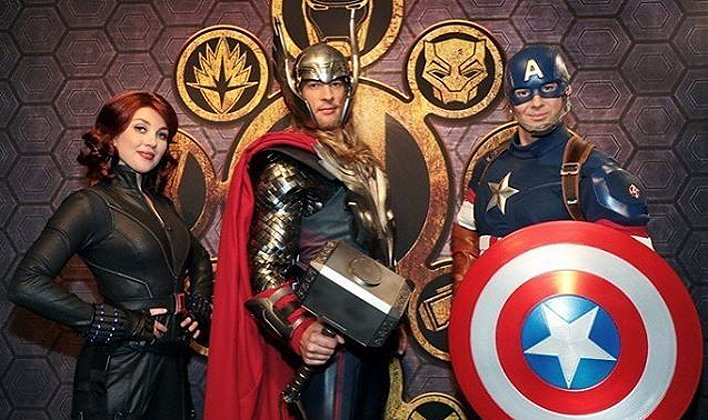 Black Widow, Thor & Captain America beim Marvel Dinner