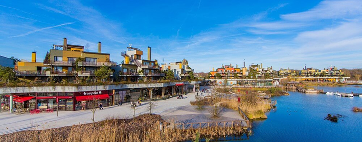 Disney Nature Resort Villages Nature - Blick auf die Promenade
