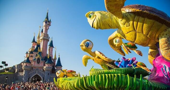 Disneyland Paris: Disney Stars on Parade
