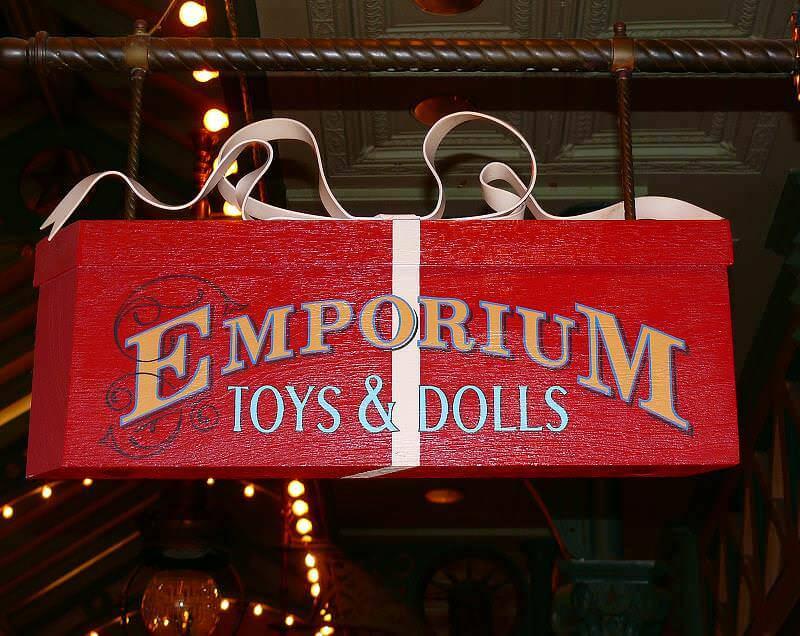 Emporium Im Disneyland Paris Klassisches Kaufhaus In Der