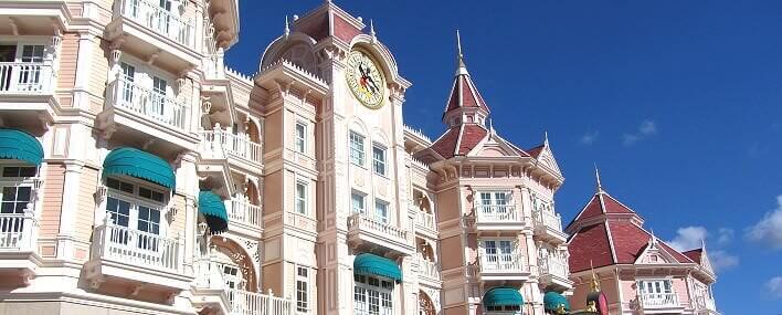 Fassade Disneyland Hotel