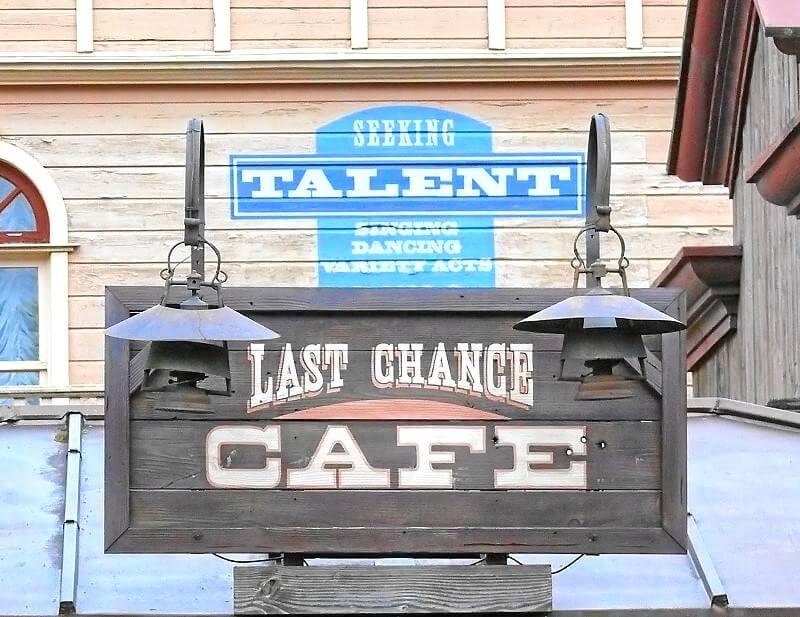Last Chance Cafe Fast Food Restaurant Im Disneyland Paris