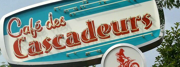Leuchtreklame Café des Cascadeurs