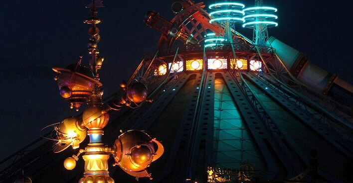 Orbitron und Space Mountain im Discoveryland