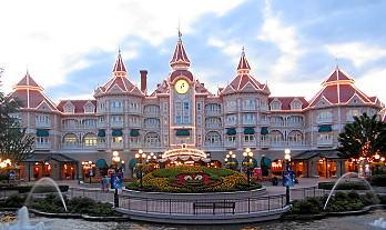 Übernachte in einem Disney Hotel für Extra-Zauber